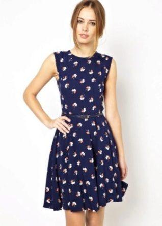 Как выбрать удобное повседневное платье