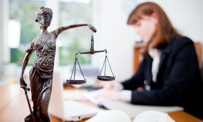 Вибираємо адвоката