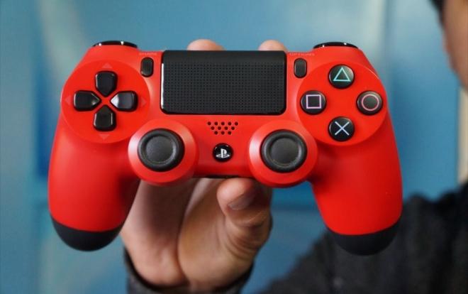 Sony DualShock 4 Magma Red покупайте только исключительно на сайте Super.com.ua