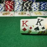 Що потрібно для гри в покер?