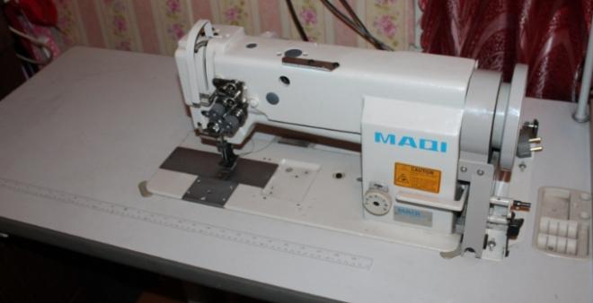 промислові двоголкові швейні машини