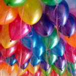 Украшаем помещение воздушными шариками