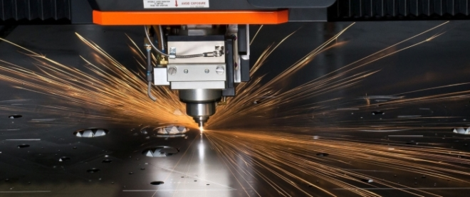 Лазерная резка металлических материалов