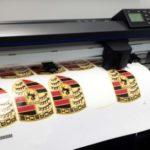 Печать и поклейка самоклеящейся пленки. Куда обратиться за помощью?