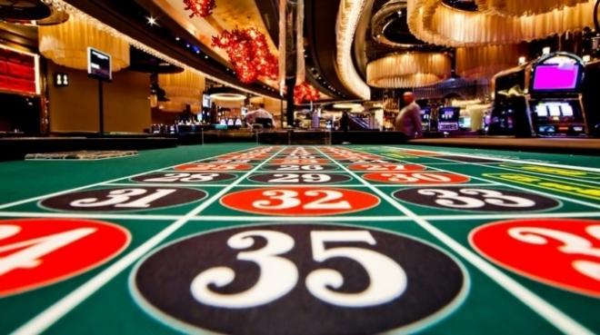 казино от VERSACE