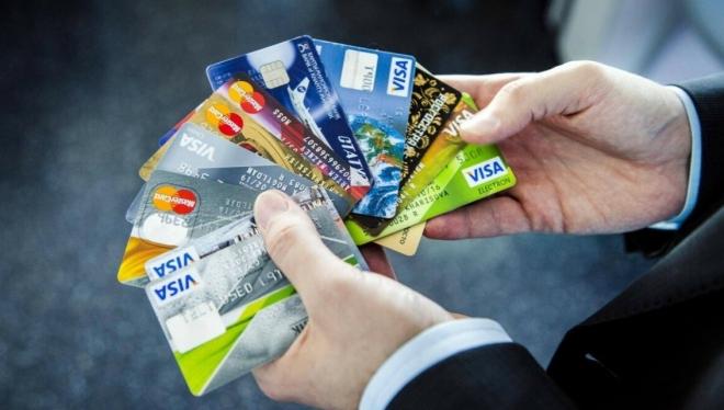 Основные минусы получения кредитной карты безработному